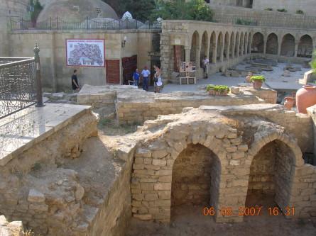 Azer 2007 003